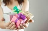 100 идей подарка подруге/ приятелю